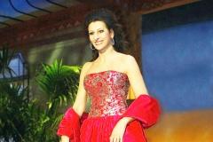 Lucia Aliberti⚘Special Event⚘TV Show⚘Escada Fashion⚘Portrait Series⚘On Stage⚘Photo taken from the TV⚘:http://www.luciaaliberti.it #luciaaliberti #specialevent #tvshow #onstage #escadafashion