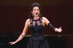 Lucia Aliberti⚘Carnegie Hall⚘New York⚘Gala Concert⚘On Stage⚘Portrait Series⚘Krizia Fashion⚘:http://www.luciaaliberti.it #luciaaliberti #carnegiehall #newyork #concert #onstage  #portraitseries #kriziafashion