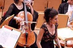 Lucia Aliberti⚘Concert⚘Kolner Philarmonie⚘Koln⚘on stage⚘Escada Fashion⚘:http://www.luciaaliberti.it #luciaaliberti #kolnerphilarmonie #koln  #concert #onstage #escadafashion