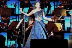 Lucia Aliberti⚘Gendarmenmarkt⚘Classic Opern Air⚘Concert⚘Berlin⚘On Stage⚘Photo taken from the TV⚘Escada Fashion⚘:http://www.luciaaliberti.it #luciaaliberti #gendarmenmarkt #classicopernair #concert #berlin #onstage #escadafashion