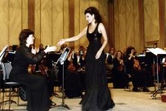 Lucia Aliberti congratulated the Concert Master⚘Concert⚘Théatre Des Champs-Elyseés⚘Paris⚘Orchestra Colonne⚘on stage⚘La Perla Fashion⚘:http://www.luciaaliberti.it #luciaaliberti #théatredeschampselyseés #orchestracolonne #paris #concert #laperlafashion #onstageLucia Aliberti congratulated the Concert Master⚘during the Concert⚘Théatre Des Champs-Elyseés⚘on stage⚘Orchestra Colonne⚘Paris⚘La Perla Fashion⚘:http://www.luciaaliberti.it #luciaaliberti #théatredeschampselyseés #orchestracolonne #paris #concert #laperlafashion