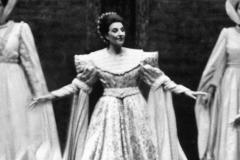 """Lucia Aliberti⚘""""Beatrice di Tenda""""⚘Teatro alla Scala⚘Milan⚘Co-Production of the Teatro alla Scala with the Deutsche Oper Berlin and Teatro Bellini⚘On Stage⚘:http://www.luciaaliberti.it #luciaaliberti #teatroallascala #milan #beatriceditenda #opera #onstage"""