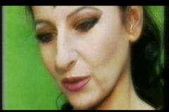 "Lucia Aliberti⚘Opera⚘""Anna Bolena""⚘Deutsche Oper Berlin⚘Berlin⚘on stage⚘TV Portrait⚘Photo taken from the TV⚘Portrait Series⚘:http://www.luciaaliberti.it #luciaaliberti #deutscheoperberlin #berlin #annabolena #opera #dressingroom #tvportrait #portraitseries"