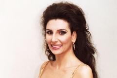 Lucia Aliberti⚘Gala Concert⚘Theater Basel⚘Basel⚘dressing room⚘makeup session⚘Portrait Series⚘La Perla Fashion⚘:http://www.luciaaliberti.it #luciaaliberti #theaterbasel #concert #basel #portraitseries #dressingroom #laperlafashion