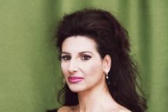 Lucia Aliberti⚘Photo Shooting⚘Portrait Series⚘La Perla Fashion⚘makeupsession⚘:http://www.luciaaliberti.it #luciaaliberti #photoshooting #portraitseries #laperlafashion
