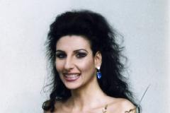 Lucia Aliberti⚘Autograph Session⚘Portrait Series⚘La Perla Fashion⚘:http://www.luciaaliberti.it #luciaaliberti #autographsession #portraitseries #laperlafashion