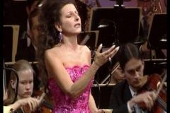 Lucia Aliberti⚘Semperoper Dresden⚘Concert⚘Dresden⚘On Stage⚘Sony DVD Recording⚘Portrait Series⚘Photo taken from the TV⚘Escada Fashion⚘:http://www.luciaaliberti.it #luciaaliberti #semperoperdresden #concert #dresden #sonydvdrecording #portraitseries #onstage #escadafashion