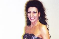 Lucia Aliberti⚘Concert Hall⚘Kiev⚘Gala Concert⚘Dressing Room⚘Portrait Series⚘Escada Fashion⚘:http://www.luciaaliberti.it #luciaaliberti #concerthall #kiev #concert #portraitseries #dressingroom #escadafashion