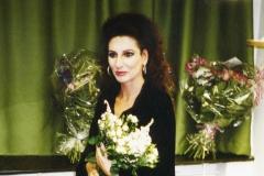 Lucia Aliberti⚘Deutsche Oper Berlin⚘Berlin⚘Opera⚘Lucia di Lammermoor⚘Autograph Session⚘Dressing Room⚘Makeup Session⚘:http://www.luciaaliberti.it #luciaaliberti #deutscheoperberlin #berlin #autographsession #opera #luciadilammermoor #dressingroom #makeupsession