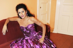 Lucia Aliberti⚘Laeiszhalle⚘Hamburg⚘Concert⚘dressing room⚘photo shooting⚘makeup session⚘Portrait Series⚘Escada Fashion⚘:http://www.luciaaliberti.it #luciaaliberti #laeiszhalle #hamburg #concert #dressingroom #portraitseries #photoshooting #escadafashion #makeupsession