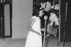 Lucia Aliberti⚘Child⚘On Stage⚘she Began to Sing⚘Cute Picture⚘Sicily⚘:http://www.luciaaliberti.it #luciaaliberti #child #sings #onstage #sicily