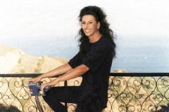 Lucia Aliberti⚘on bicycle⚘she loves bicycle⚘relax⚘Villa Bellini⚘Savoca⚘Sicily⚘:http://www.luciaaliberti.it #luciaaliberti #villabellini #savoca #sicily #bicycle