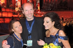 """Lucia Aliberti with her beloved sister""""Pinella"""" and her Manager Stefan Schmerbeck⚘Special Concert⚘Gendarmenmarkt⚘Classic Open Air⚘Berlin⚘Escada Fashion⚘on stage⚘:http://www.luciaaliberti.it #luciaaliberti #pinellaaliberti #Stefan Schmerbeck #gendarmenmarkt #classicopenair #berlin #concert #onstage #escadafashion"""