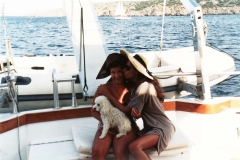 Lucia Aliberti with her friend Vera Giulini⚘Porto Cervo⚘Tour and Lunch on the Boat⚘:http://www.luciaaliberti.it #luciaaliberti #veragiulini #portocervo #boat #holiday