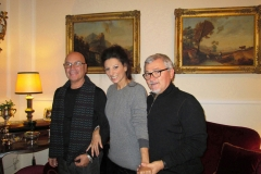 Lucia Aliberti with her friends Adriano and Salvatore⚘in the Family home⚘Sicily⚘:http://www.luciaaliberti.it #luciaaliberti #familyhome #sicily
