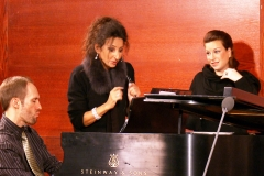 Lucia Aliberti with the friend Bernadette Herzog⚘during a Masterclass⚘Carnegie Hall⚘New York⚘Rehearsals⚘:http://www.luciaaliberti.it #luciaaliberti #bernadetteherzog #masterclass #carnegiehall #newyork #rehearsals