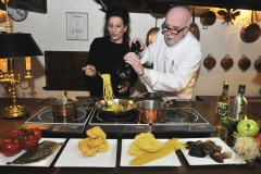 Lucia Aliberti with the gourmet cook Erich W. Steuberher passion⚘cooking⚘in Hilchenbach⚘:http://www.luciaaliberti.it #luciaaliberti #erichwsteuber #hilchenbach #cooking