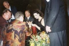 Lucia Aliberti with the legendary tenor Alfredo Kraus⚘Concert⚘Deutsche Oper Berlin⚘Berlin⚘Autograph Session⚘:http://www.luciaaliberti.it #luciaaliberti  #alfredokraus #deutscheoperberlin #concert #berlin #autographsession